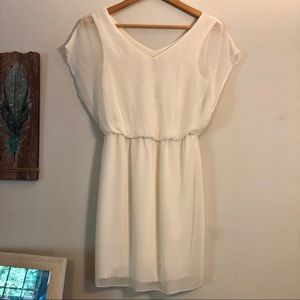☀️4/$15 NWT White Chiffon Dress